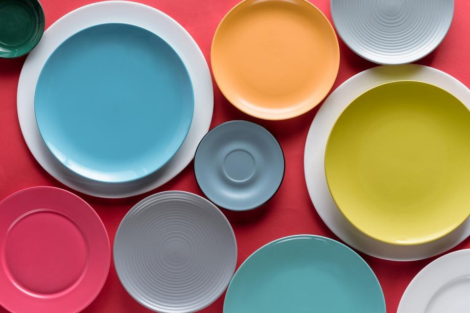 ежедневни чинии от порцелан