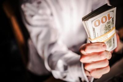 предлагане на бързи пари