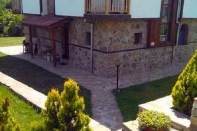Сичановата къща Елена