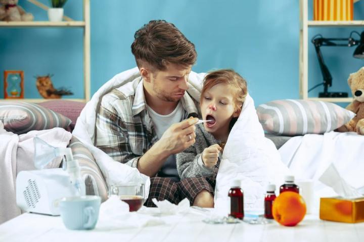 болно дете с температура