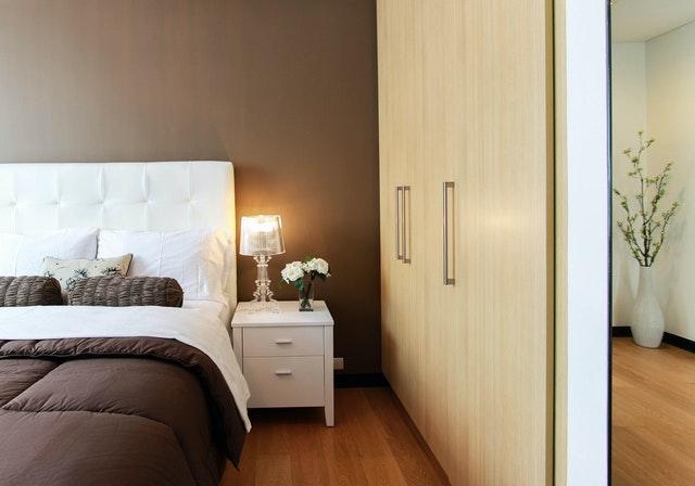 ремонт и обзавеждане на малка спалня