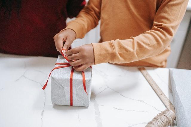 какво да подарим на бебе